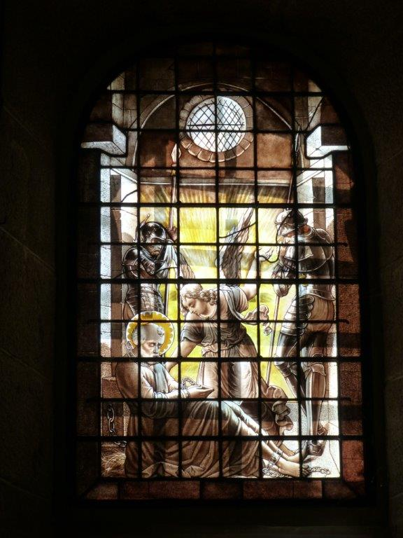 vitrail chapelle Rocher Portail